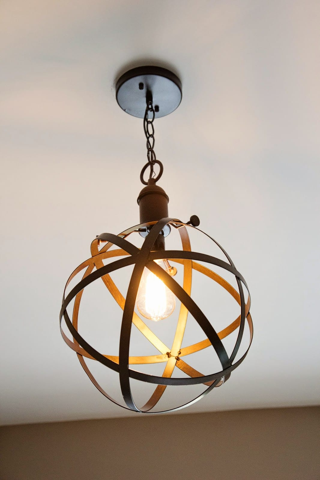 Diy industrial rustic pendant light bless 39 er house for Diy pendant light