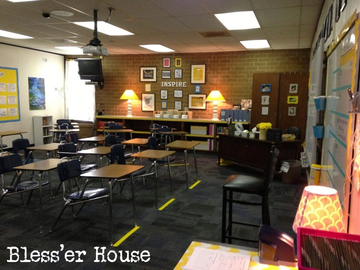 Creating the cozy classroom on a budget bless 39 er house for 9th class decoration