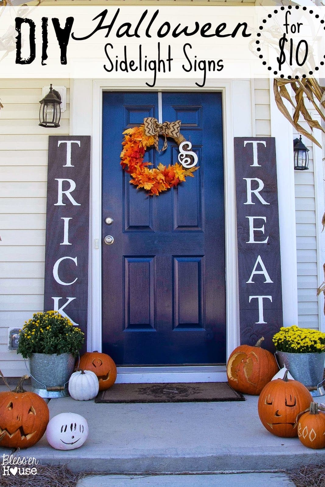 Diy halloween sidelight signs and fall porch reveal for Make at home halloween decorations