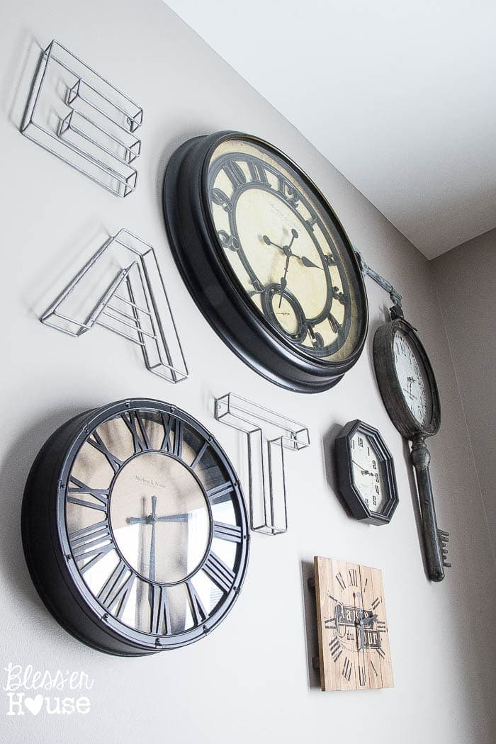 Clock Wall Color Switch u0026 How to DIY Aged Metal - Blessu0026#39;er House
