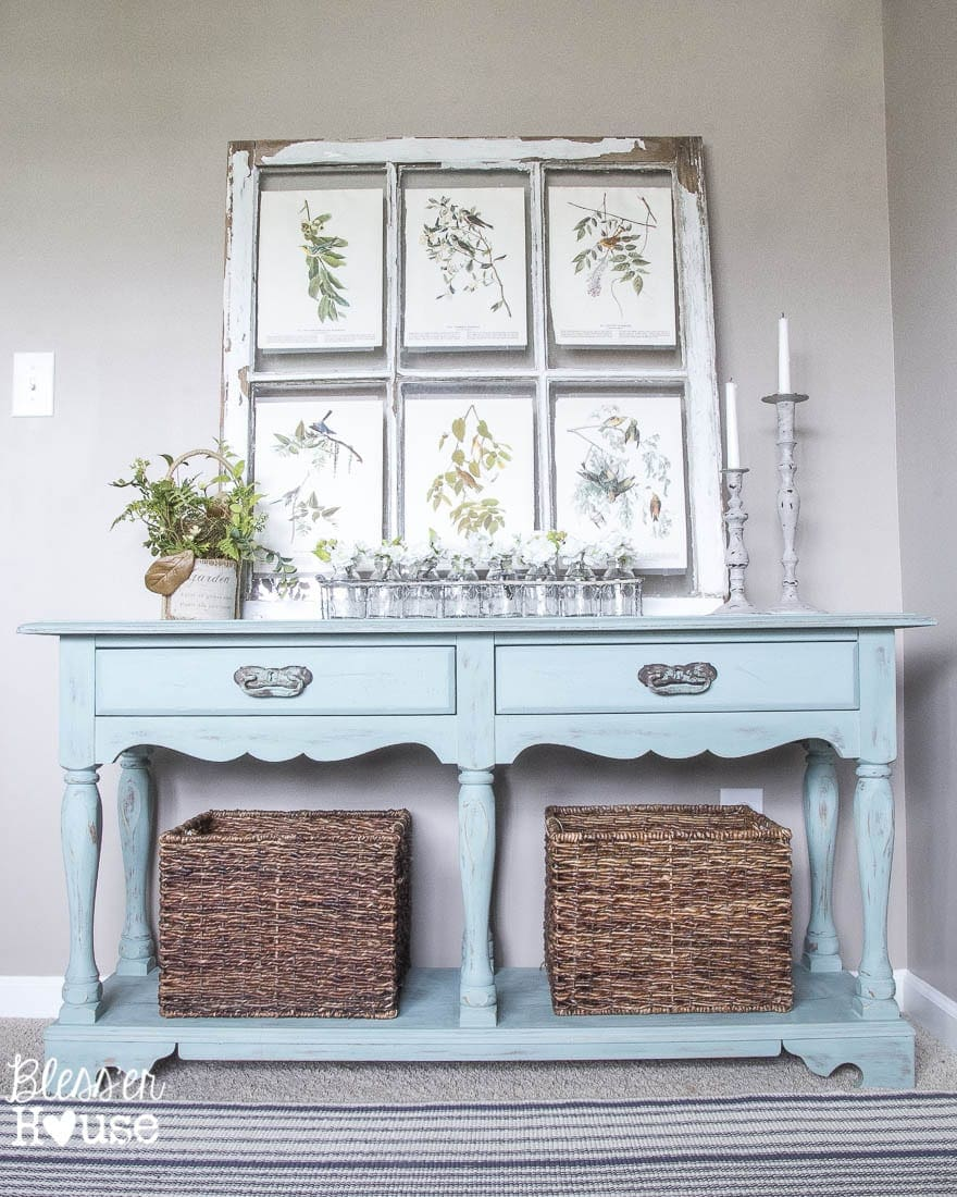 Beachy French Console Table Makeover | Blessu0027er House