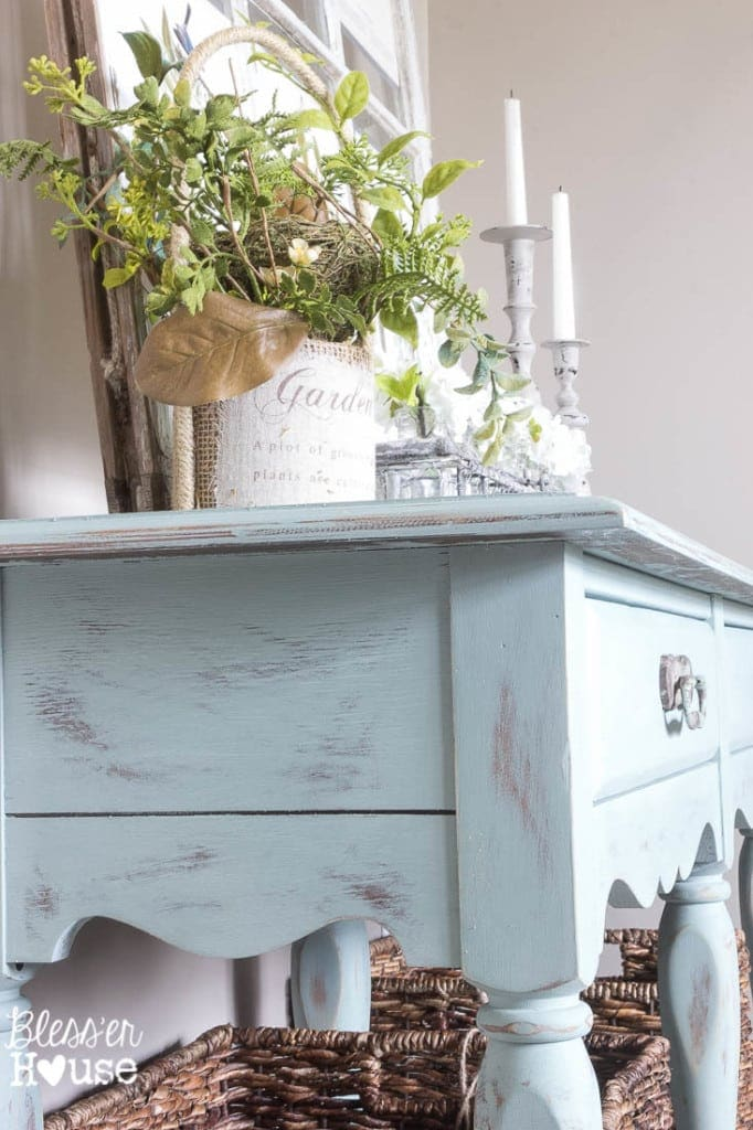 Beachy French Console Table Makeover   Bless'er House