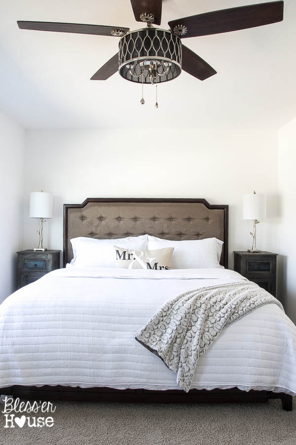 10 stylish non boring ceiling fans for Bedroom ceiling fans