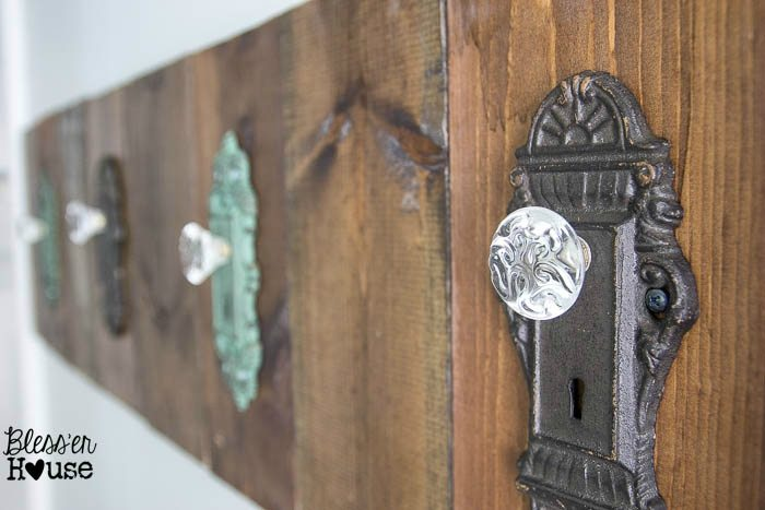 Charming DIY Antique Door Knob Towel Rack | Blessu0027er House Nice Ideas