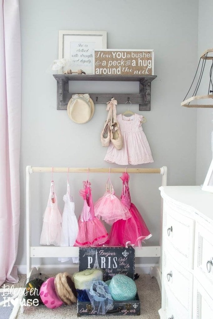 Child's Room Vignette & Rustic Sign Giveway | Bless'er House
