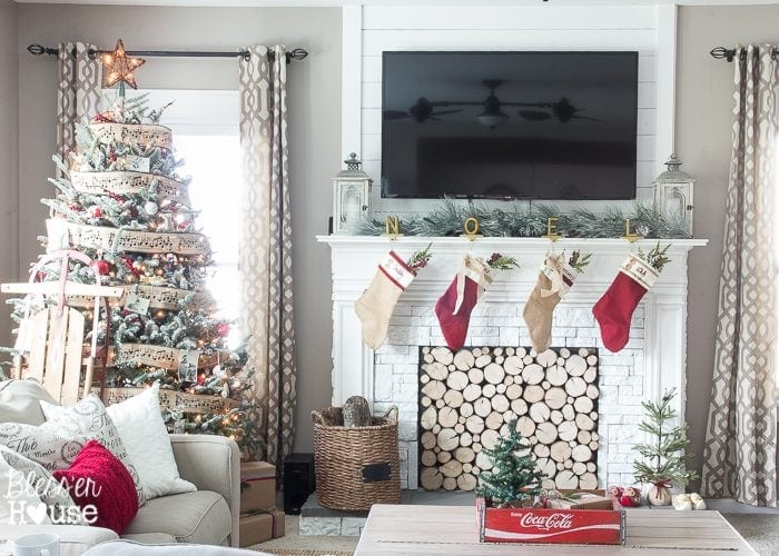 Woodland Christmas Home Tour 2015 Part 1 | blesserhouse.com | living room
