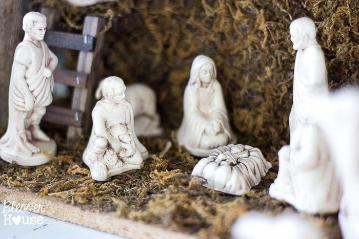 Woodland Christmas Home Tour 2015 Part 1 | blesserhouse.com | antique nativity scene
