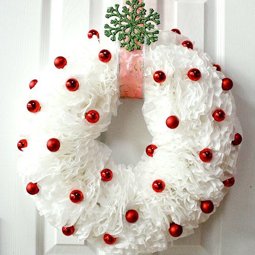 christmas-coffee-filter-wreath-idea