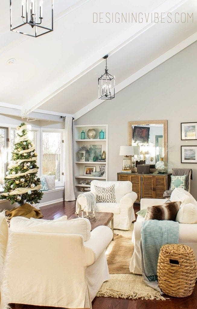 5 Amazing Christmas Home Tours + BWT #8 | blesserhouse.com