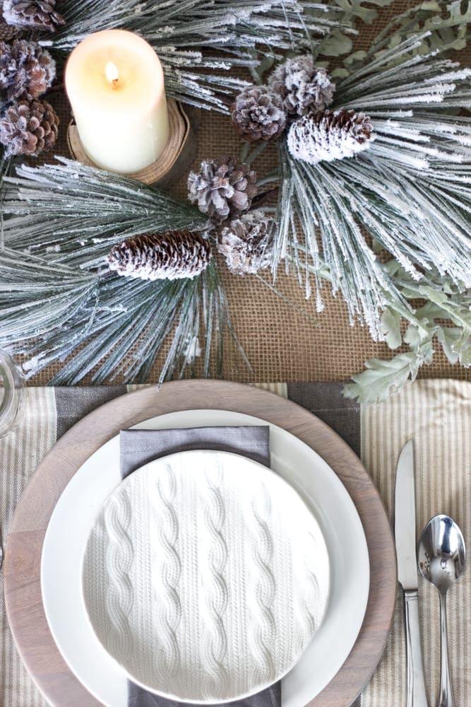 Simple Rustic Winter Tablescape