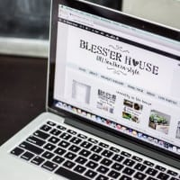 5 Must-Have Blogging eBooks + a Giveaway!