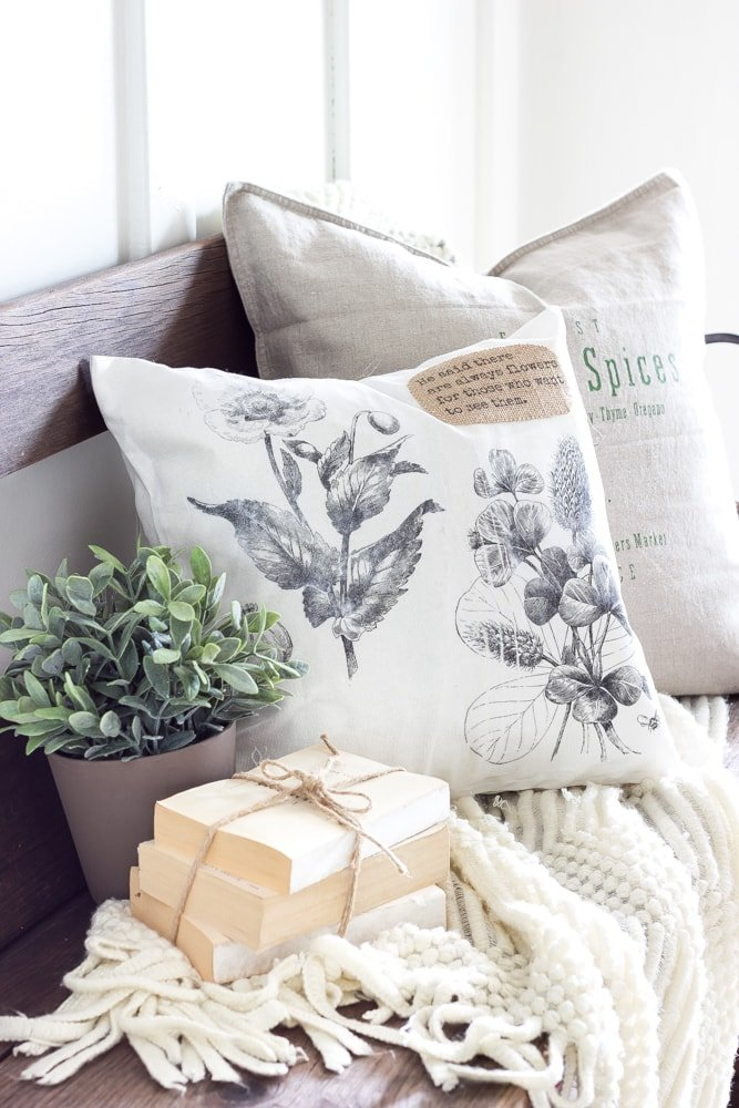 DIY Vintage Botanical Print Pillow | blesserhouse.com - This is so cute! There are so many different types of pillows you could make doing this.