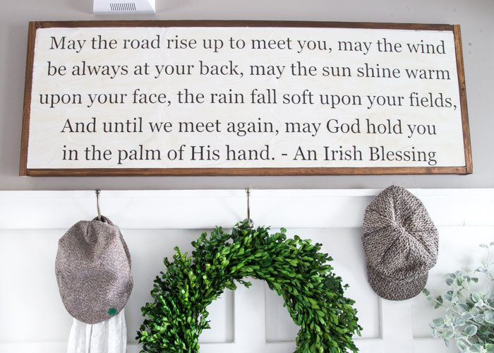 Diy Irish Blessing Sign And Entryway Bless Er House