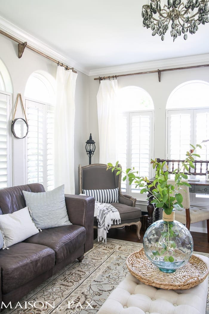 Tips For Creating A Fresh Farmhouse Feel White Curtains And Other Textiles