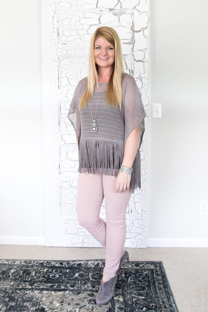 How We Save Money On Clothing | blesserhouse.com - How we save up to 90% off name brand and designer clothing shopping online! Where has this been all my life?!