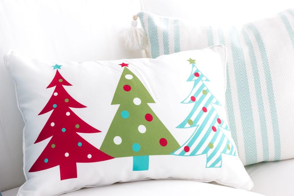 Whimsical Retro Christmas Playroom - Bless\'er House
