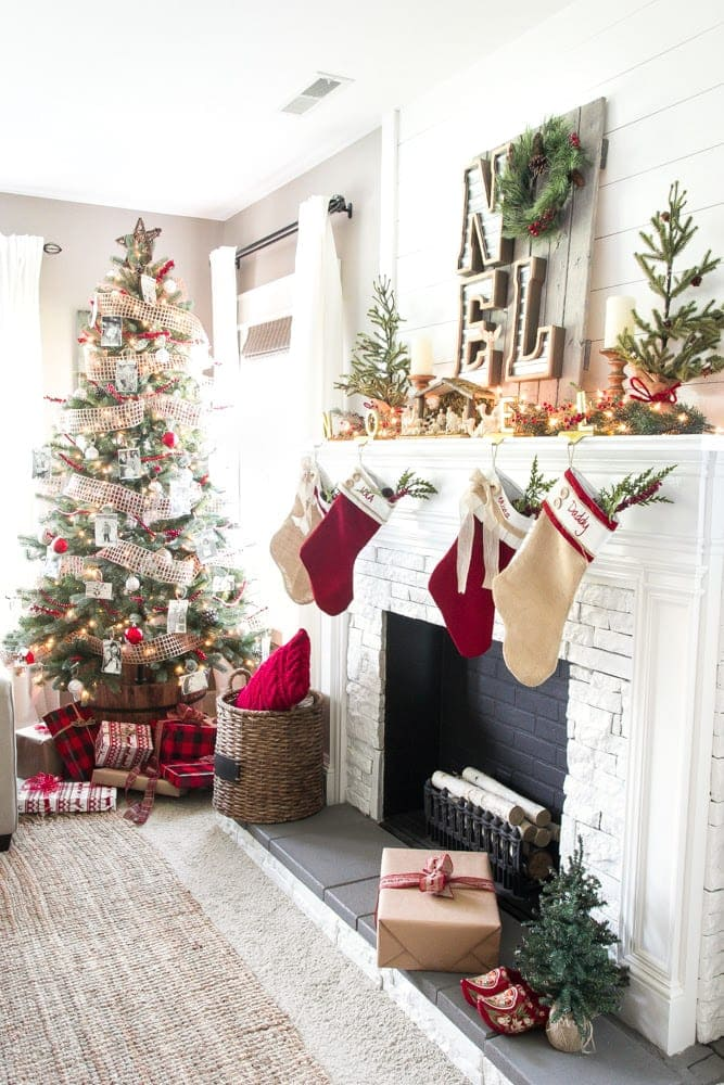 Cozy Christmas Living Room Tour | blesserhouse.com - A tour of a Christmas living room with easy ideas to decorate for a cozy atmosphere plus 8 other Christmas living rooms with farmhouse style.