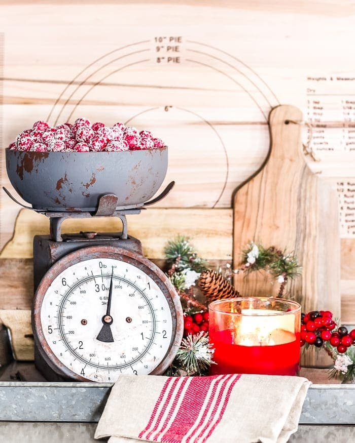 Kitchen Table Decorations For Christmas: Christmas Breakfast Table + Kitchen Details
