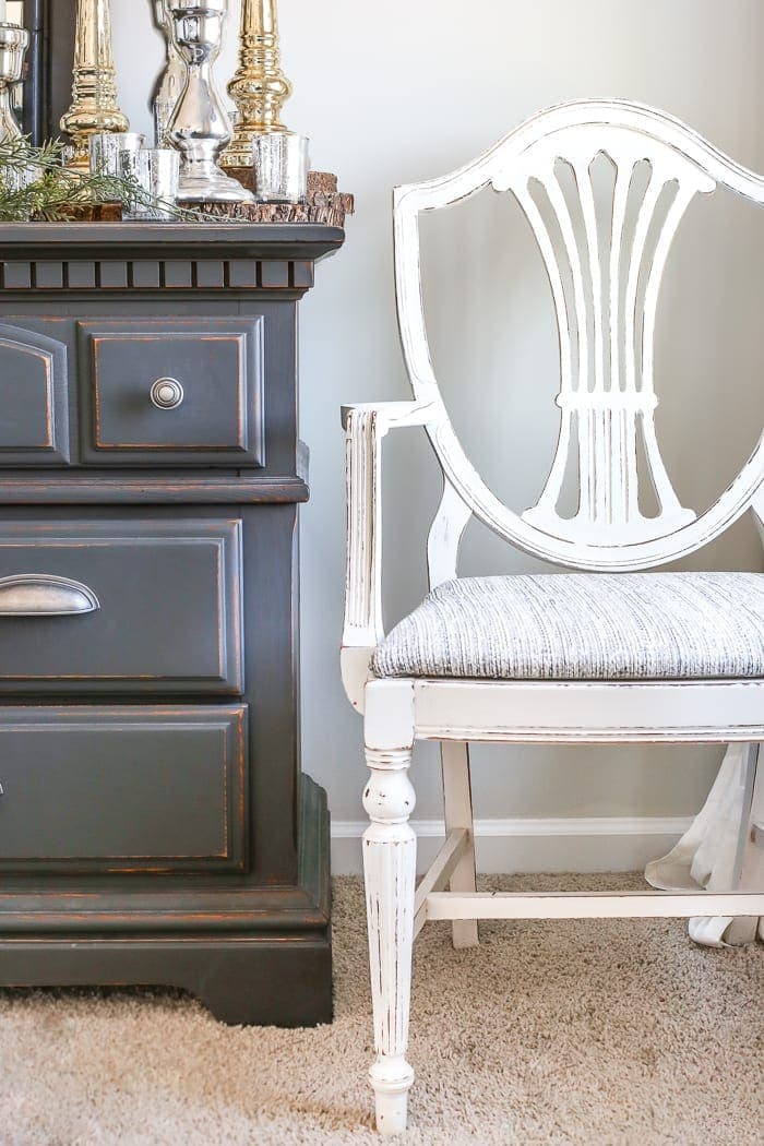 French Style Painted Master Bedroom Chair | Blesserhouse.com   A Yard Sale  Duncan Phyfe