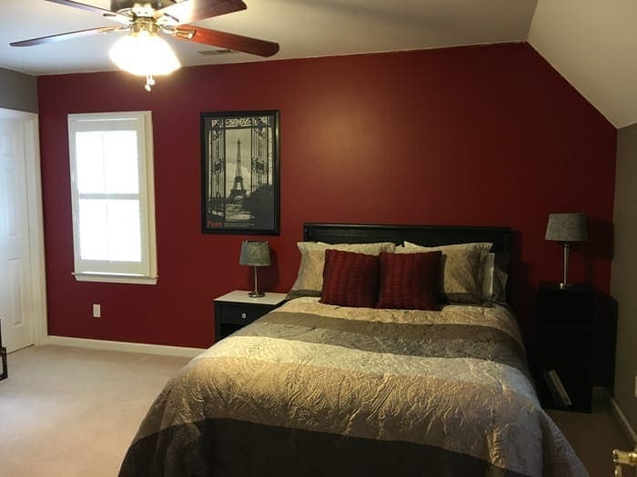 https://www.blesserhouse.com/wp-content/uploads/2017/01/guest-bedroom-before-1-of-6.jpg
