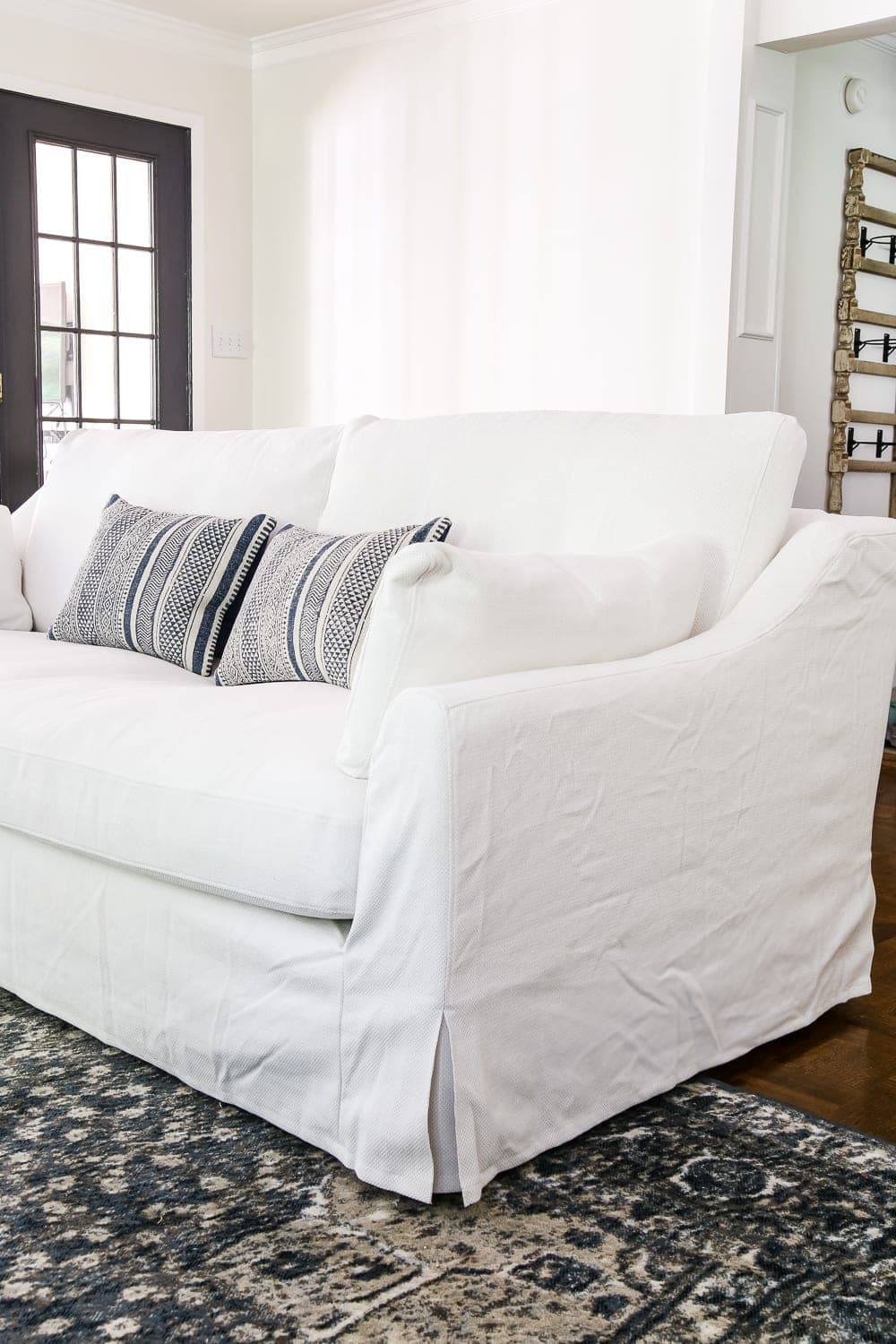 Ikea 39 s new sofa and chairs and how to keep them clean for Ikea divan