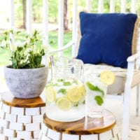 The Secret to Arranging a Versatile Outdoor Space