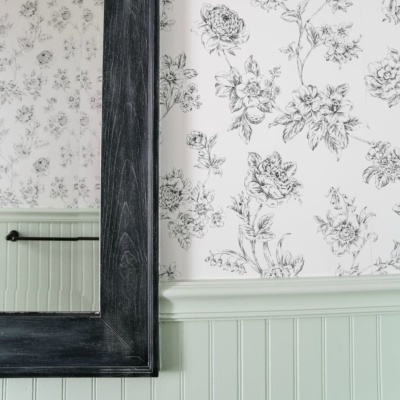 Beginner's Guide to Hanging Wallpaper