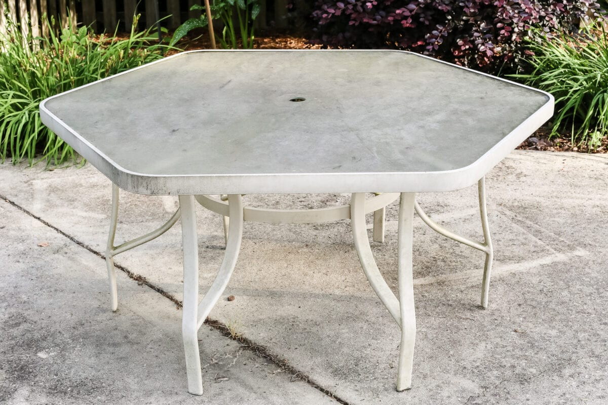 How to Revive a Patio Table - Bless'er House