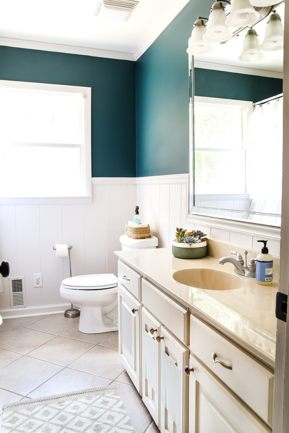 teal painted bathroom makeover bless 39 er house. Black Bedroom Furniture Sets. Home Design Ideas
