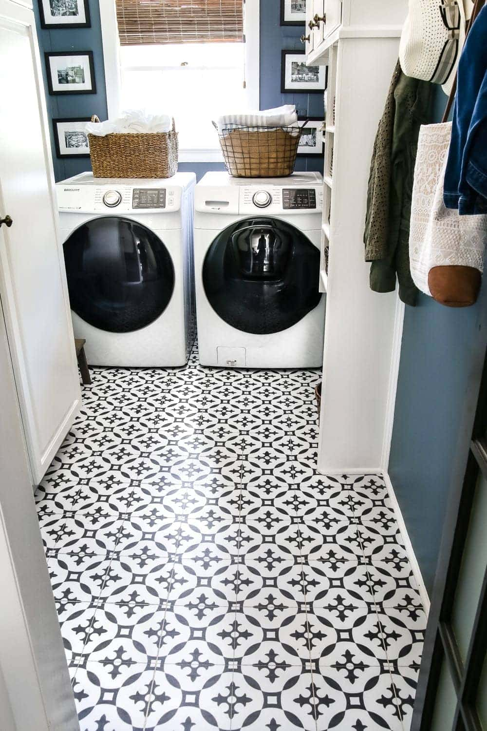 DIY Moroccan Vinyl Tile Floor - Bless\'er House