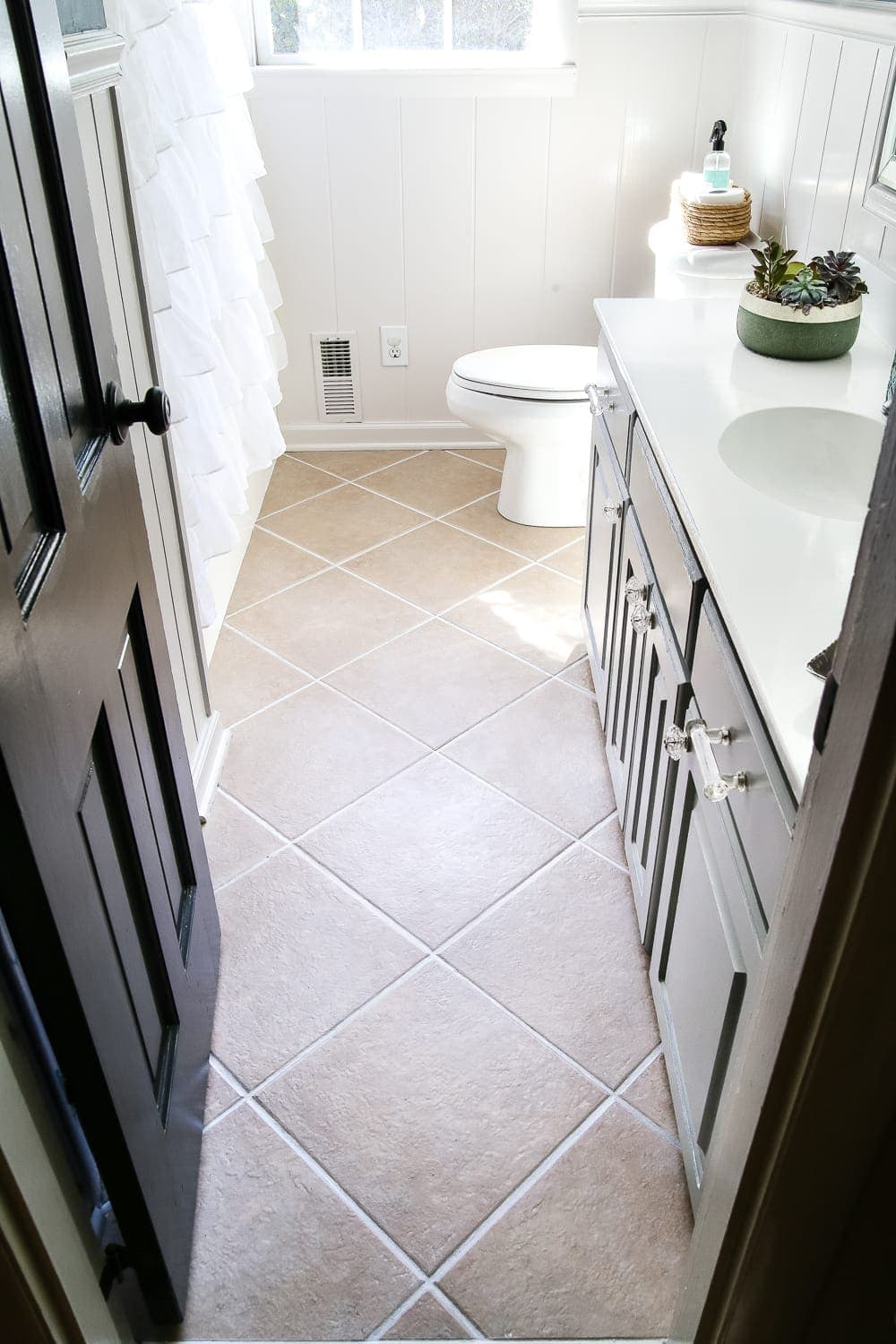 Painted Tile Grout Refresh - Bless\'er House