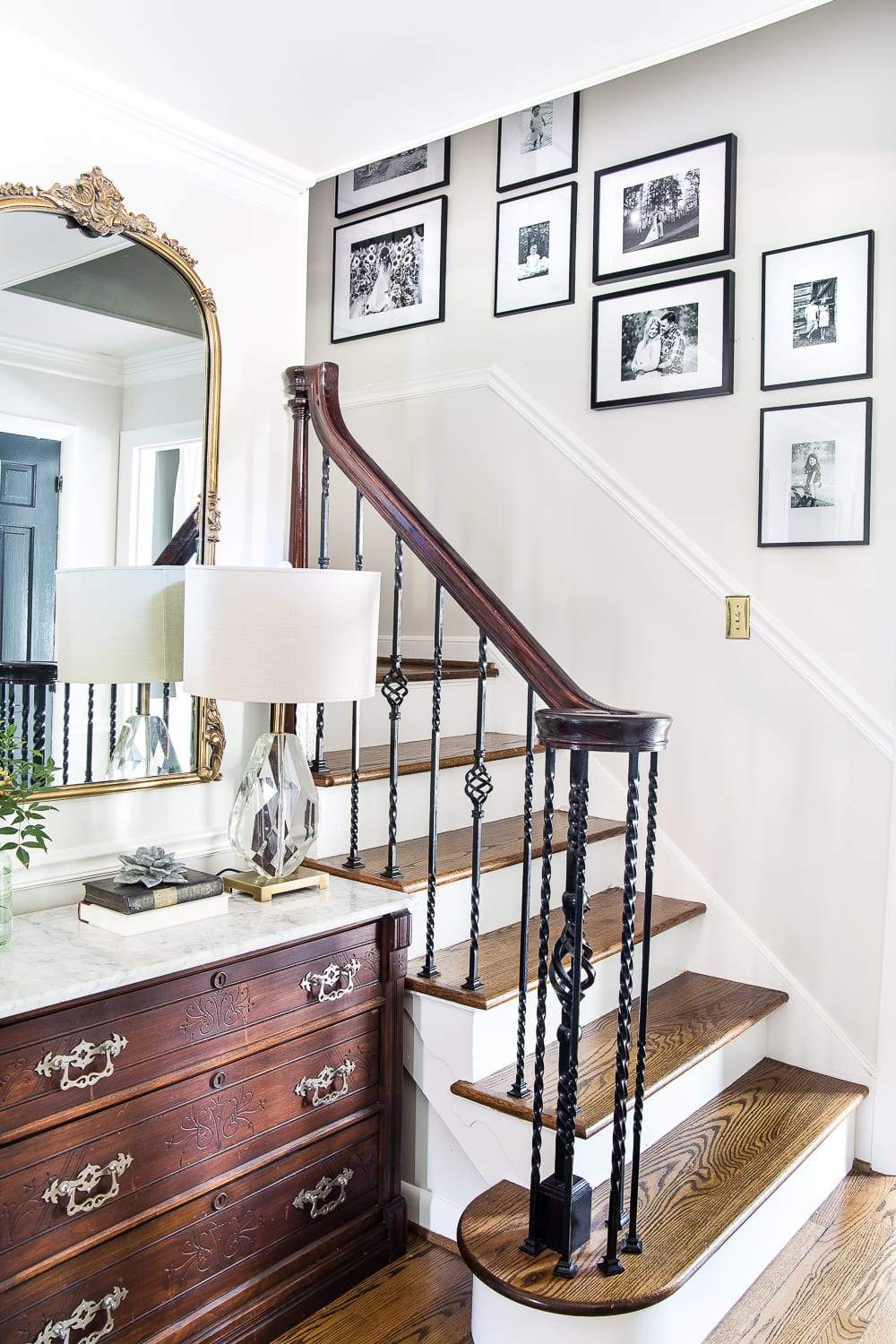 12 of the most common decorating mistakes most people make when choosing paint colors, furniture layouts, and styling, and tips on how to avoid them. #decorating #decoratingmistakes #decoratingtips Replace tons of family photos in frames on tabletops with a streamlined gallery wall instead.