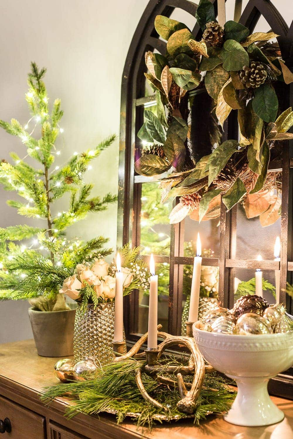 Christmas Night Candlelight Tour | blesserhouse.com - A Christmas night time candlelight home tour with neutral, classic decorating ideas. #christmasdecor #christmascandlelight #christmashometour #candlelighttour