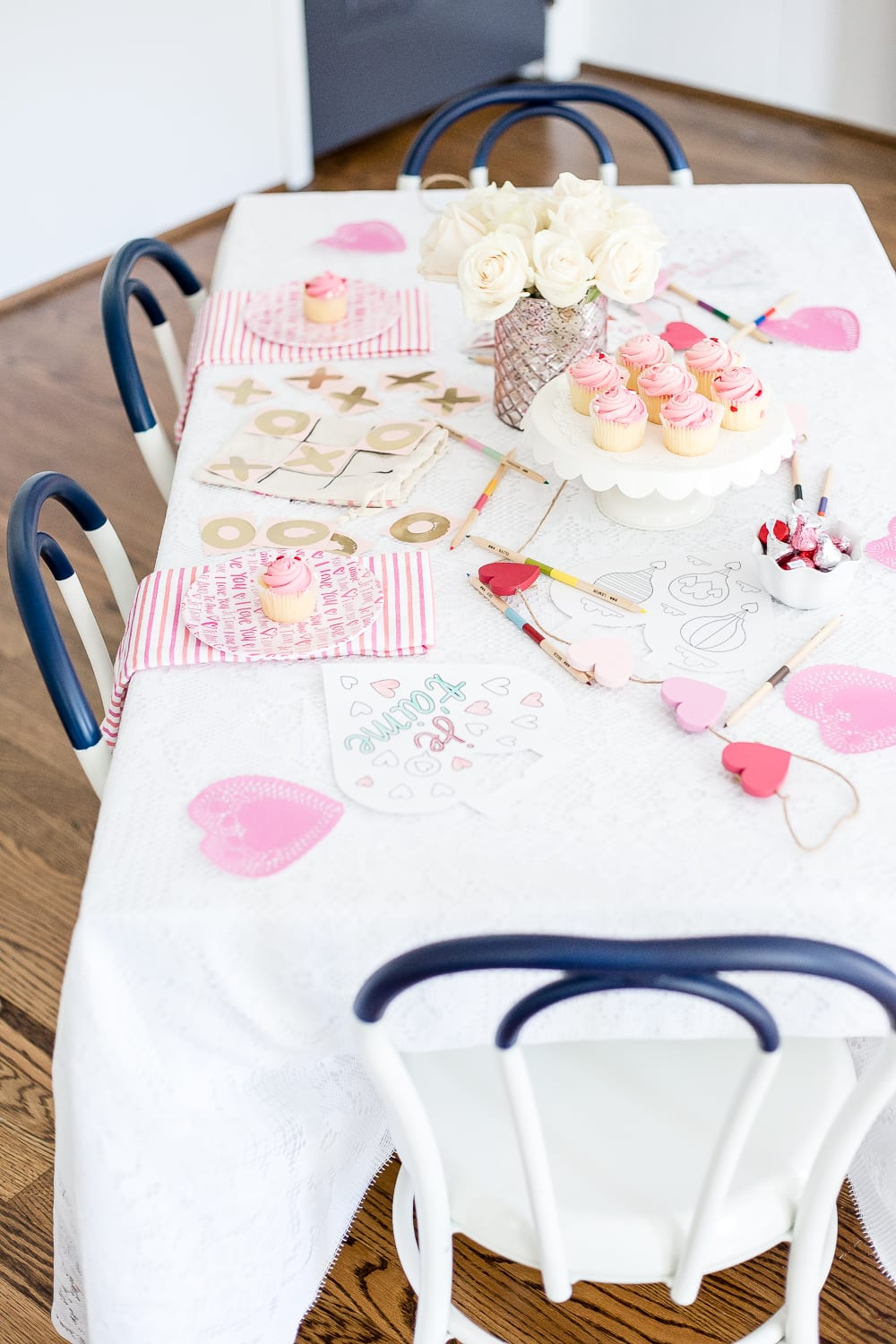 A Valentine's Day daddy daughter date using decor and activities from the Target Dollar Spot. #valentinesday #kidsdecor #kidsvalentines #valentinesdecor