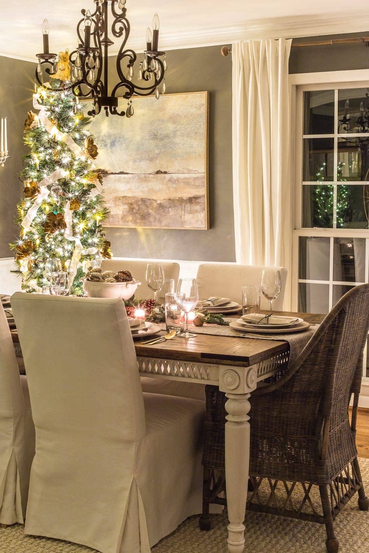 Christmas Candlelight Night Tour | Dining Room