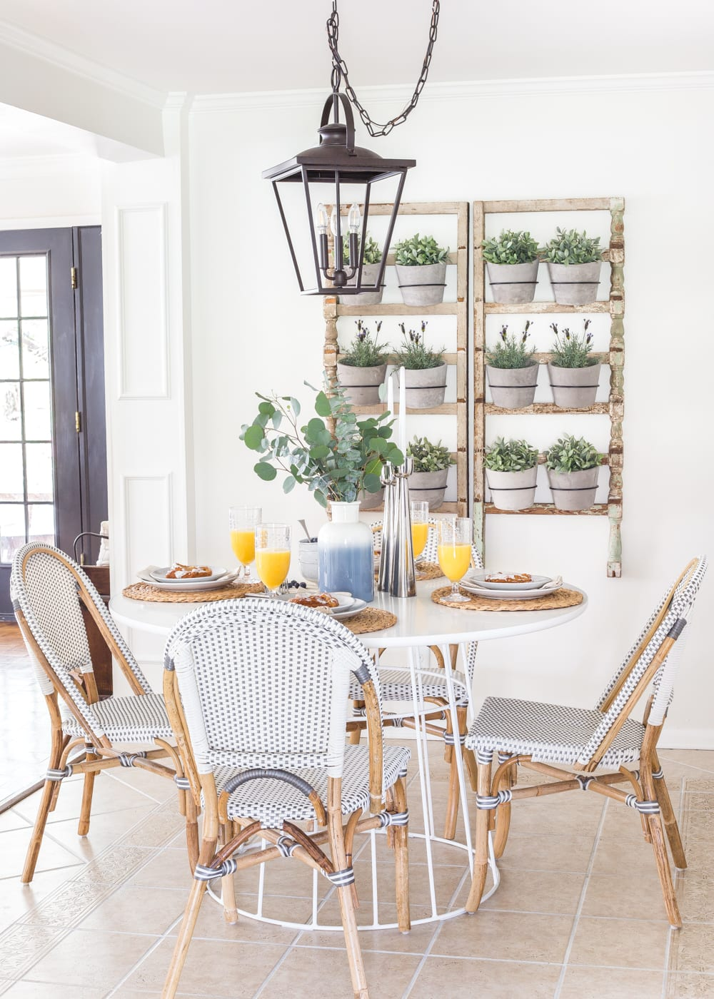 Modern French farmhouse breakfast nook