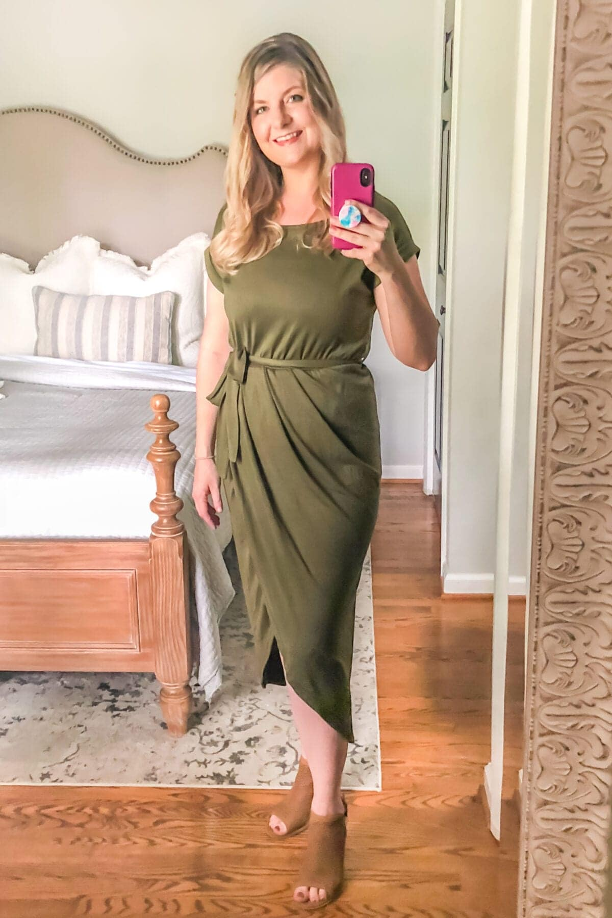How to Hide Mom Belly Pooch | Rouched Dresses and Tops