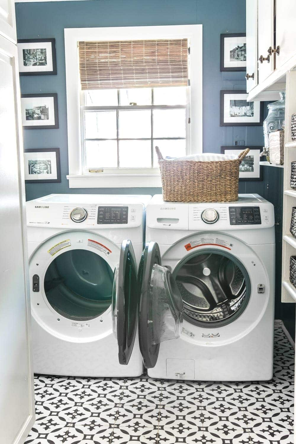 Electric washer and dryer hookups