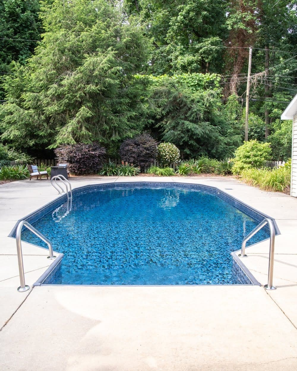 Swimming Pool Liner Makeover Reveal | vinyl pool liner from GLI Pool Products TrueStone Collection - Obsidian