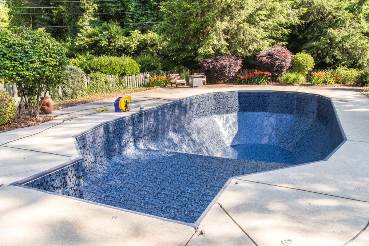 Swimming Pool Liner Makeover Reveal | Obsidian pool liner from GLI Pool Products TrueStone Collection