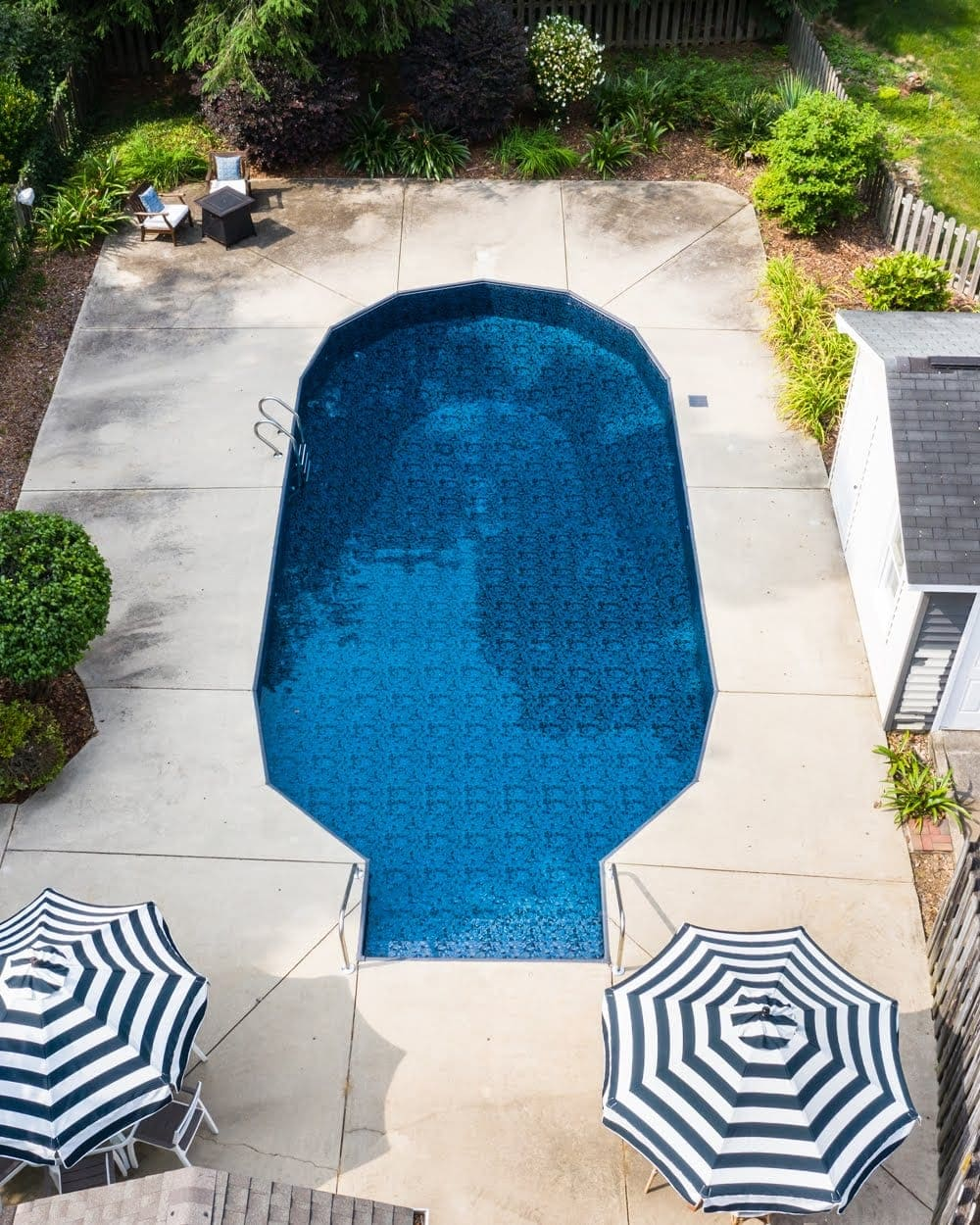 Swimming Pool Liner Makeover Reveal | Obsidian liner from GLI Pool Products TrueStone Collection