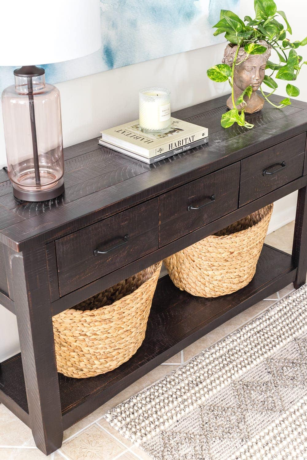 Drawers and baskets for accessible entryway storage in a breakfast nook