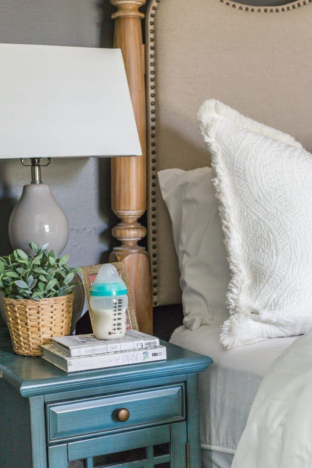 Exclusive Pumping Hack - Keep a bottle of fresh pumped milk on the nightstand for up to 6 hours for middle-of-the-night feedings.