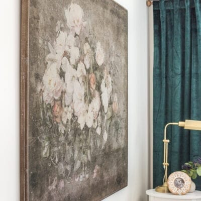 Vintage Chic Statement Art in the Guest Bedroom