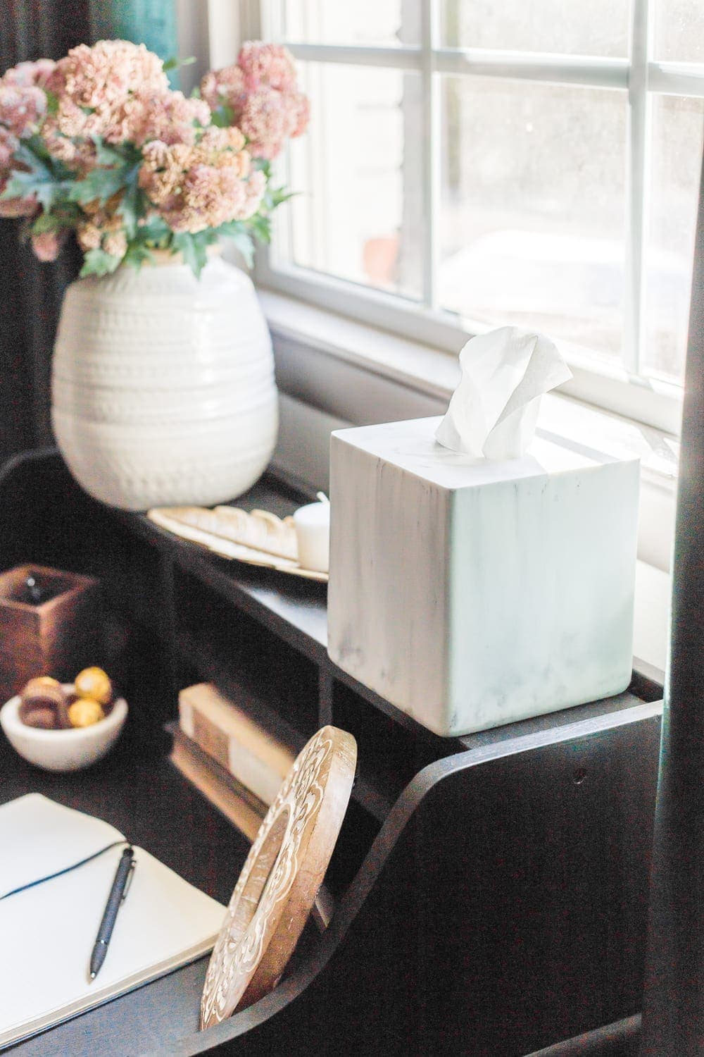 38 Guest Bedroom Essentials | Always have a box of tissues