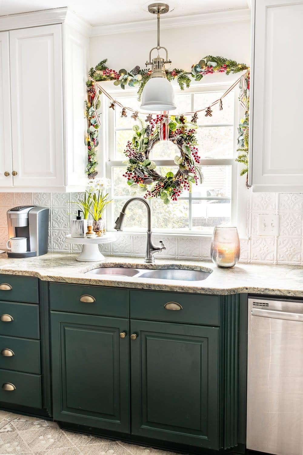 Christmas decor ideas | Hang a wreath and garland on a kitchen window
