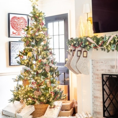 How to Mix Old Sentimental and New Decor & Our Swedish Christmas