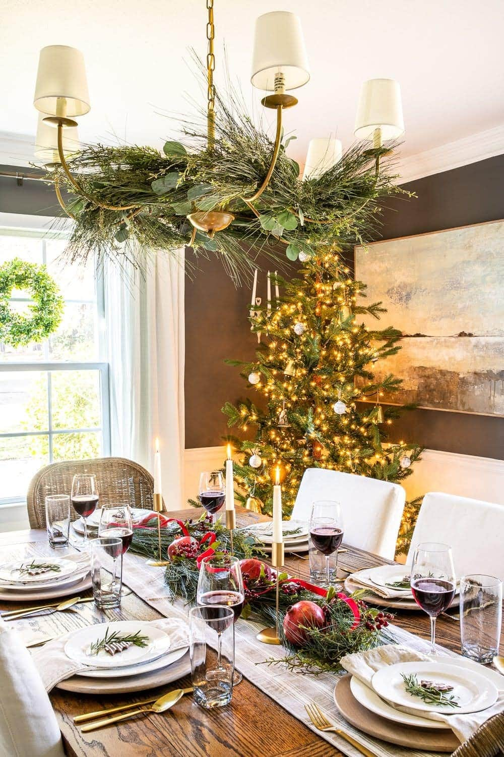 Christmas decor ideas | garland hung from a chandelier