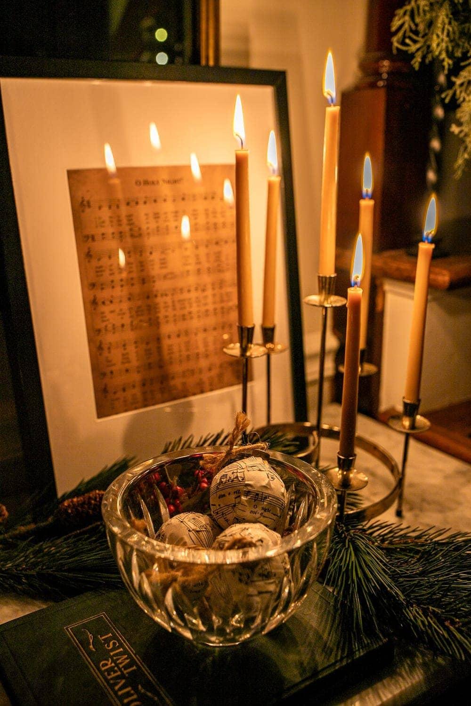 Christmas candlelight decor