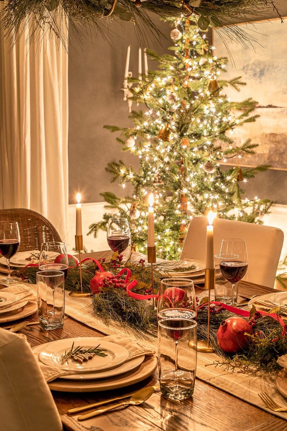 Christmas night dining room tablescape